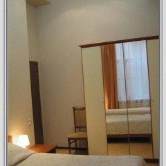 Отель Меблированные комнаты Баттерфляй 2* Номер с общей ванной комнатой