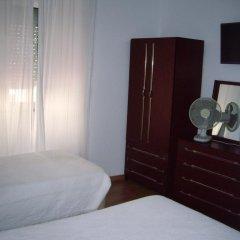 Отель Pensao Residencial Camoes 2* Стандартный номер с различными типами кроватей фото 2