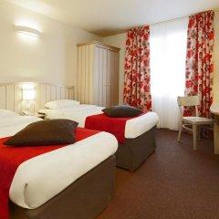 Отель Campanile Val de France комната для гостей фото 5