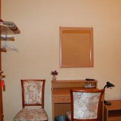 Гостевой Дом Золотая Середина Номер Эконом с 2 отдельными кроватями фото 8