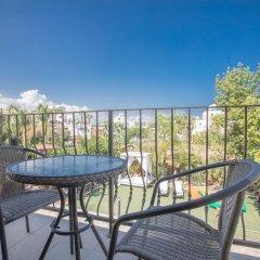 Отель Artemisia Villa балкон