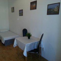 Апартаменты Caterina Private Rooms and Apartments Стандартный номер с различными типами кроватей (общая ванная комната) фото 19
