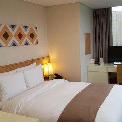 Tmark Hotel Myeongdong 3* Стандартный номер с двуспальной кроватью