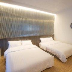 Отель Glur Bangkok Стандартный номер разные типы кроватей (общая ванная комната) фото 12