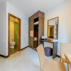 Отель The Three by APK 3* Улучшенный номер двуспальная кровать фото 5