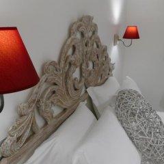 Отель Your Vatican Suite Стандартный номер с различными типами кроватей фото 16