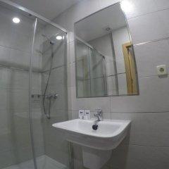 Отель Hostal El Pilar Стандартный номер с различными типами кроватей фото 18