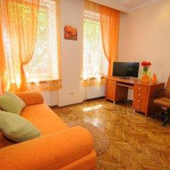Отель Apartaments In Centre Львов комната для гостей фото 2