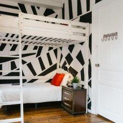 Отель Off Beat Guesthouse 2* Стандартный номер с различными типами кроватей (общая ванная комната) фото 11