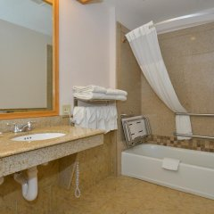 Отель Comfort Inn & Suites Durango 2* Стандартный номер с различными типами кроватей фото 7