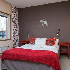 Отель Hotell Fridhemsgatan 3* Стандартный семейный номер с различными типами кроватей фото 7