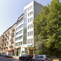 Отель Apartmenthouse Berlin - Am Görlitzer Park парковка