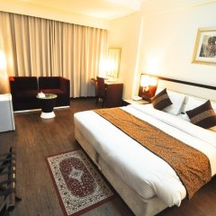 Phoenicia Hotel 2* Стандартный номер с двуспальной кроватью