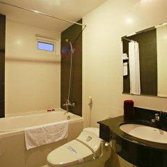Hue Serene Shining Hotel & Spa 3* Стандартный номер с различными типами кроватей фото 4