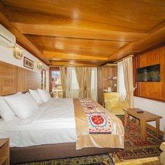 Hippodrome Hotel 3* Улучшенный номер с двуспальной кроватью фото 4