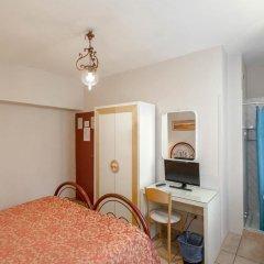 Hotel Masaccio Номер с общей ванной комнатой с различными типами кроватей (общая ванная комната)
