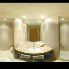 Hotel City Express Santander Parayas 3* Стандартный номер с различными типами кроватей фото 9