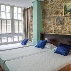 Отель Hostal Hotil Стандартный номер с различными типами кроватей фото 4