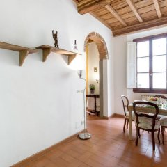 Отель Sant'Ambrogio Charme комната для гостей фото 4