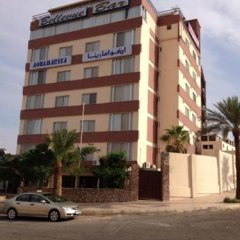 Отель Aquamarina III парковка