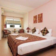 Отель Lucky Lek's Guesthouse комната для гостей фото 2