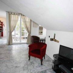 Отель Vienna Art Apartments - Penthouse Австрия, Вена - отзывы, цены и фото номеров - забронировать отель Vienna Art Apartments - Penthouse онлайн комната для гостей фото 5