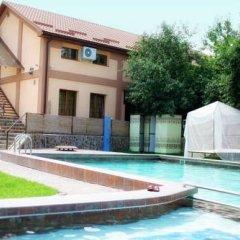 Гостиница Motel Kilikia бассейн
