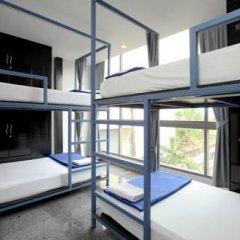 Отель Sino Backpacker Таиланд, Пхукет - отзывы, цены и фото номеров - забронировать отель Sino Backpacker онлайн балкон