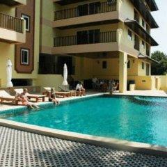 Отель Jomtien Beach Residence Таиланд, Паттайя - 1 отзыв об отеле, цены и фото номеров - забронировать отель Jomtien Beach Residence онлайн бассейн фото 3