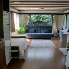 Отель Chalet Vinkeveen Нидерланды, Винкевеен - отзывы, цены и фото номеров - забронировать отель Chalet Vinkeveen онлайн комната для гостей фото 5