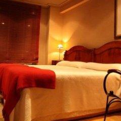 Отель Apartamentos Cueto Mazuga II сейф в номере