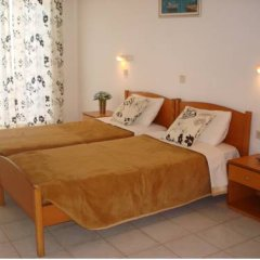 Отель Elpida Beach Studios Студия с различными типами кроватей фото 10