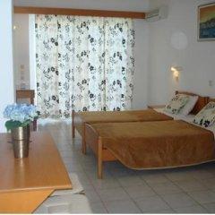 Отель Elpida Beach Studios Студия с различными типами кроватей