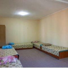 Гостиница Babushka Beach House Кровать в общем номере с двухъярусной кроватью