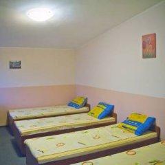 Гостиница Babushka Beach House Кровать в общем номере с двухъярусной кроватью фото 2