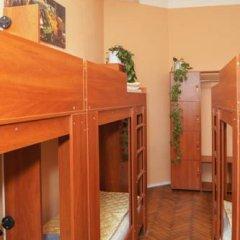 Hostel Pushkin Кровать в общем номере двухъярусные кровати