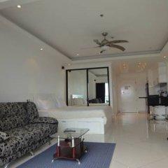 Отель Vtsix Condo Service at View Talay Condo Стандартный номер с различными типами кроватей фото 4