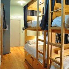 Cats Porto Hostel Кровать в общем номере двухъярусные кровати
