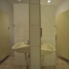 Отель Backpack Oz Кровать в женском общем номере с двухъярусной кроватью фото 4