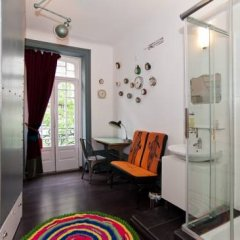 Nasoni Guest Hostel Стандартный номер 2 отдельные кровати (общая ванная комната)
