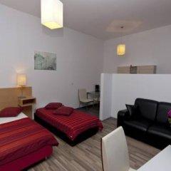Апартаменты Queens Apartments Студия с различными типами кроватей
