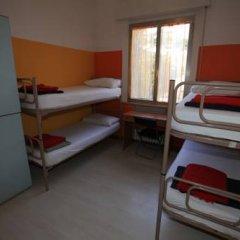 Хостел Sunflower Beach Кровать в женском общем номере с двухъярусными кроватями фото 2