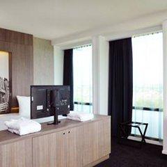 Leonardo Hotel Amsterdam Rembrandtpark 4* Представительский номер с различными типами кроватей