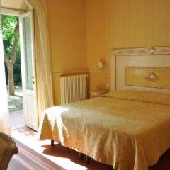 Отель B&B Relais Tiffany 3* Стандартный номер с различными типами кроватей фото 13