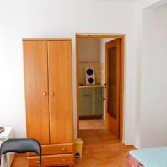 Отель Zlaty Jelen Апартаменты с различными типами кроватей фото 16