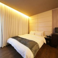 Отель Imt 1 2* Стандартный номер с различными типами кроватей фото 5