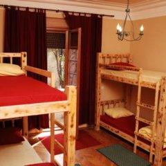 Hostel and Apartments Skadarlija Sunrise Кровать в общем номере с двухъярусной кроватью