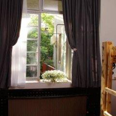 Hostel and Apartments Skadarlija Sunrise Кровать в общем номере с двухъярусной кроватью фото 16
