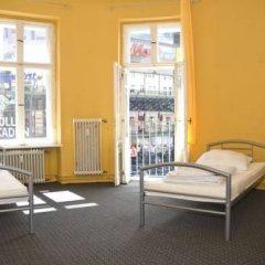Rixpack Hostel Neukölln Кровать в общем номере с двухъярусной кроватью фото 24