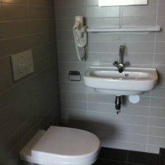 Hotel Vossius Vondelpark 3* Стандартный номер с двуспальной кроватью фото 17